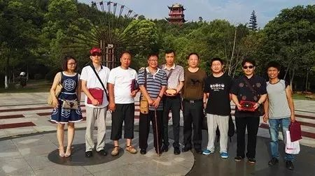 2018年元旦,曾祥裕成功在赣州举办杨公古法风水学习班 ,加送择日课